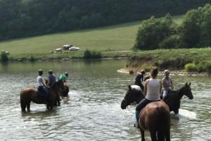 tabor RED HORSE leto v sedle denný tábor 2018